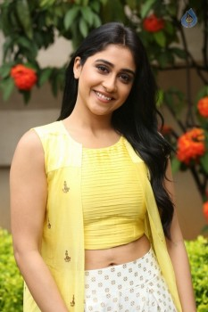 Regina Cassandra Photos - 28 of 61
