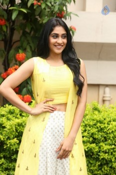Regina Cassandra Photos - 32 of 61