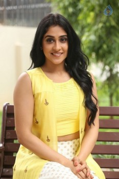 Regina Cassandra Photos - 40 of 61