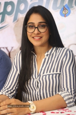 Regina Cassandra Stills - 12 of 15