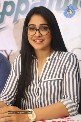 Regina Cassandra Stills - 14 of 15