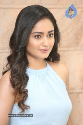 Tridha Choudhury Photos - 21 of 21