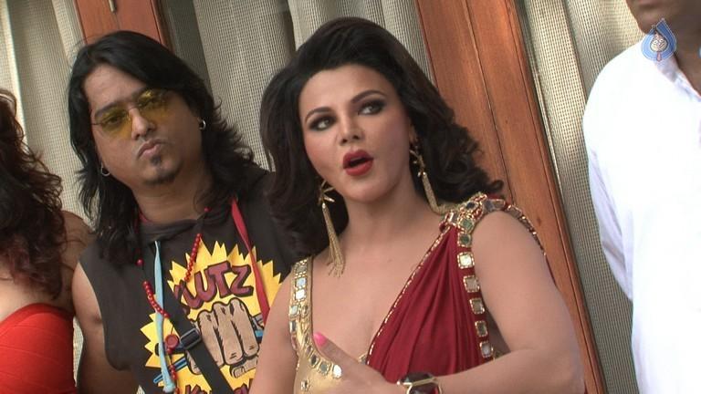 Rakhi Sawant Hot & Sexy Photos