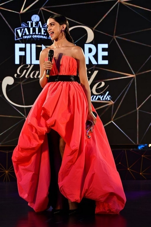 Filmfare Glamour & Style Awards 2019 - 21 / 88 photos