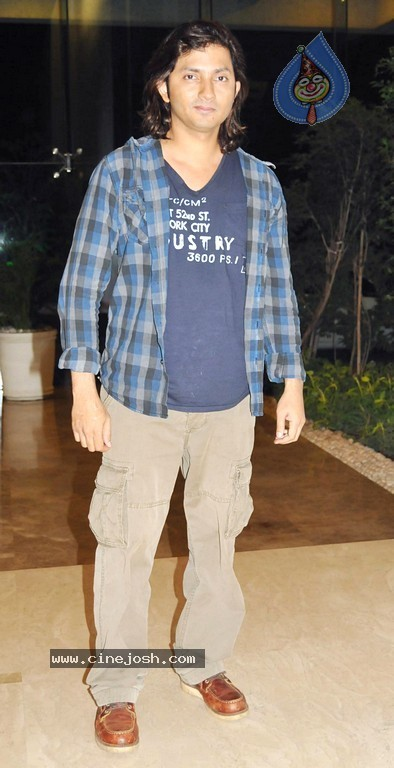 Hot Bolly Celebs at Farah Khan's House Warming Party - 5 / 95 photos
