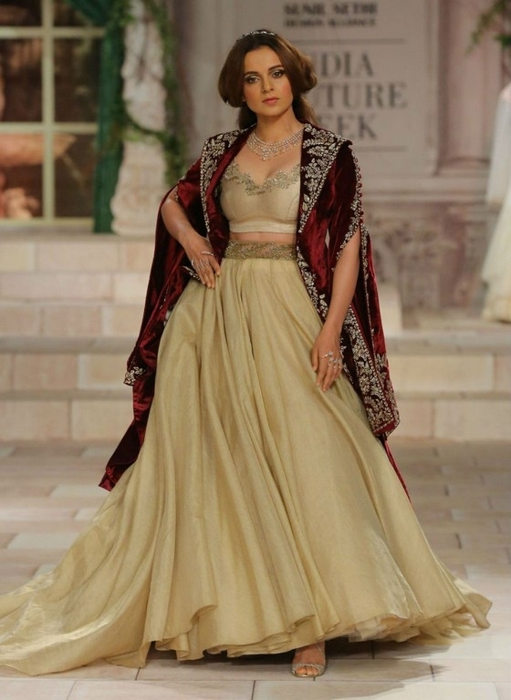 India Couture Week 2018 Photos - 8 / 19 photos