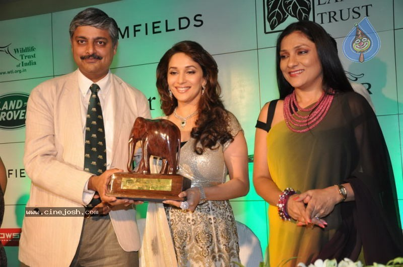 Madhuri Dixit at Emeralds for Elephants Launch - 20 / 29 photos