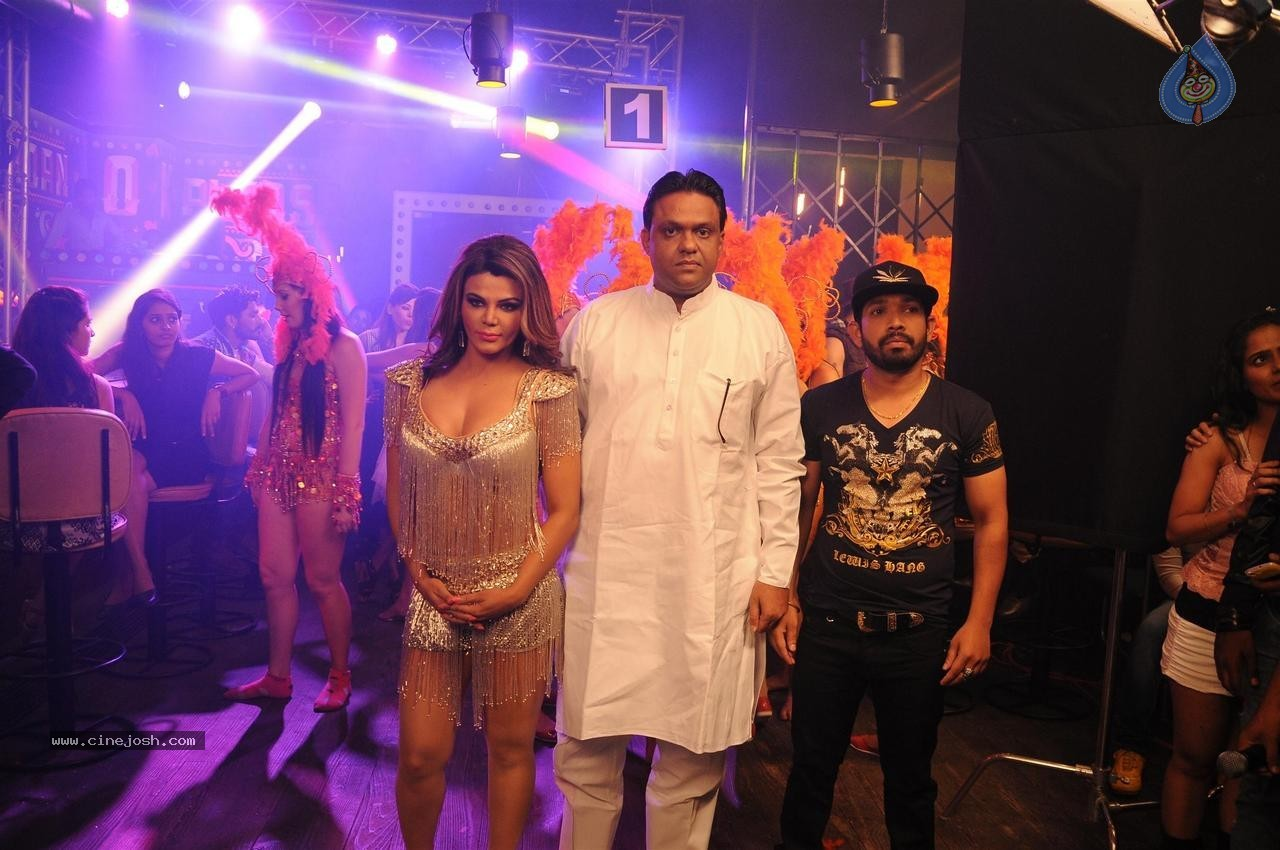 Rakhi Sawant Jaan Bigdela Video Shoot Photos - 5 / 32 photos