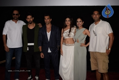3 Dev Movie Trailer Launch Photos - 16 of 18