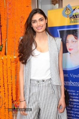Athiya Shetty Pictures - 8 of 9