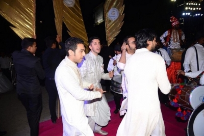 Azhar Morani & Tanya Seth Wedding Reception - 13 of 25