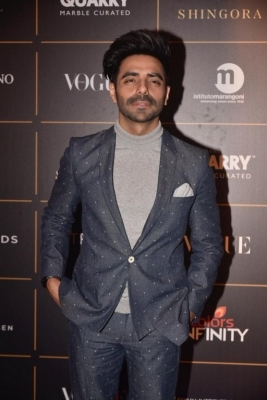 Bollywood Celebrities at Vogue Awards  - 6 of 54