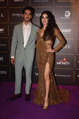 Bollywood Celebrities at Vogue Awards  - 16 of 54