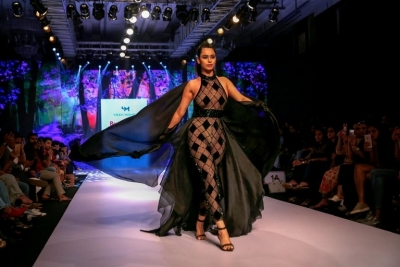 Bombay Times Fashion Week 2019 - 2 of 41