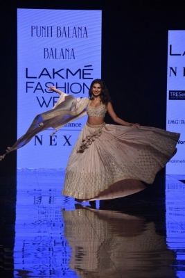 Celebrities walks the Ramp at Lakme Fashion Week 2020 - 12 of 41