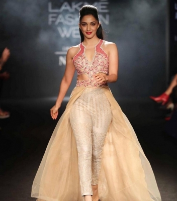 Lakme Fashion Week 2018 Grand Finale - 15 of 48