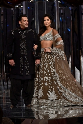 Manish Malhotra Couture Show 2018 - 5 of 38