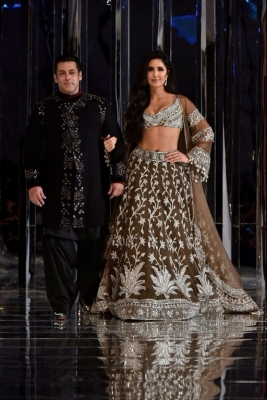 Manish Malhotra Couture Show 2018 - 35 of 38
