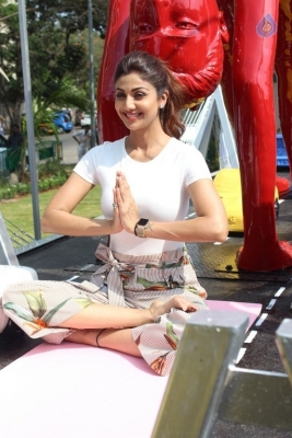 Shilpa Shetty Yoga Pose Statue Inauguration Pics - 6 of 38