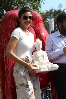 Shilpa Shetty Yoga Pose Statue Inauguration Pics - 21 of 38