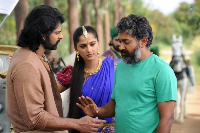 Bahubali 2 Working Still :14-04-2017