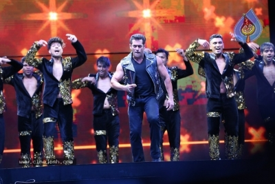 Dabangg Team at LB Stadium - 5 of 19
