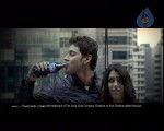 Mahesh's 'Thums Up' dangerous action stunts in Malaysia. - 14 of 39