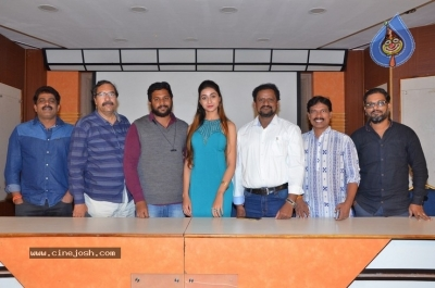 Only Nenu  Trailer  Launch Photos - 18 of 21