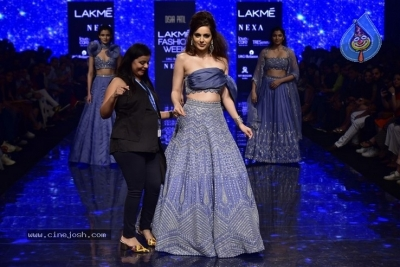 Showstoppers at Lakme Fashion Week - 1 of 53
