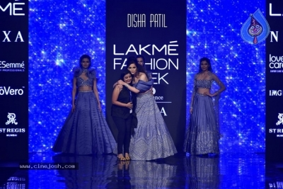 Showstoppers at Lakme Fashion Week - 4 of 53