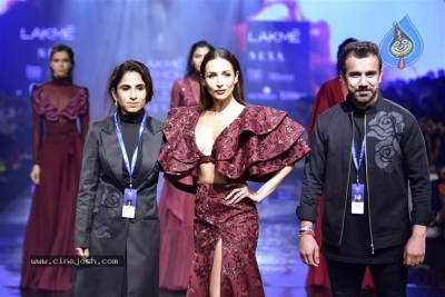 Showstoppers at Lakme Fashion Week - 7 of 53