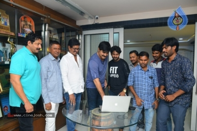 Srikanth Launched Appudu Ippudu Movie Song - 9 of 16