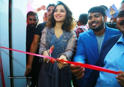 Tamanna Launches B New Mobile Store - 12 of 21