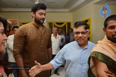 Venkatesh And Varun Tej F2 Movie Launch Photos - 5 of 48
