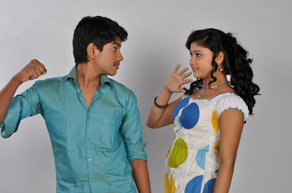 9th Class Movie Stills - Pranay, Rachita  - 8 / 15 photos