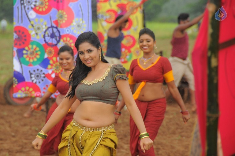 Achamindri Tamil Movie Photos - 18 / 42 photos