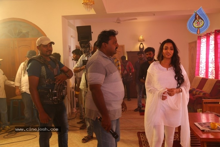 Breaking News Tamil  Movie Working Stills - 1 / 19 photos