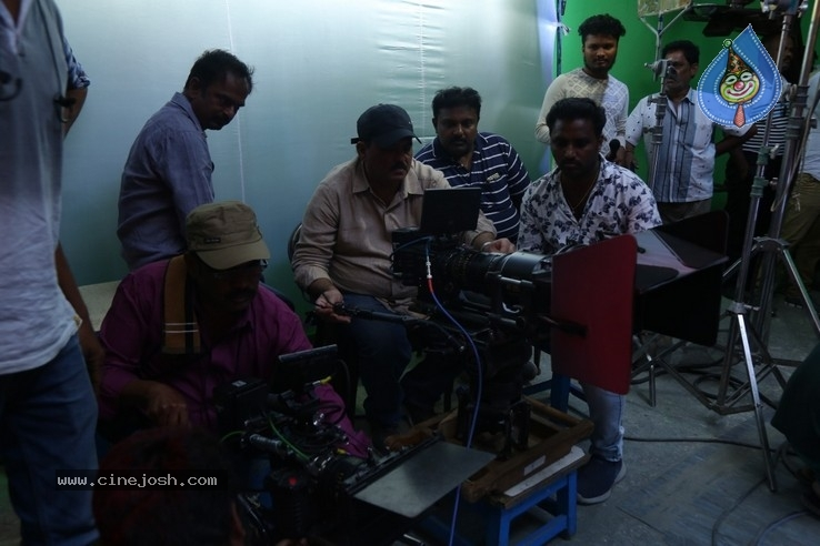 Breaking News Tamil  Movie Working Stills - 3 / 19 photos
