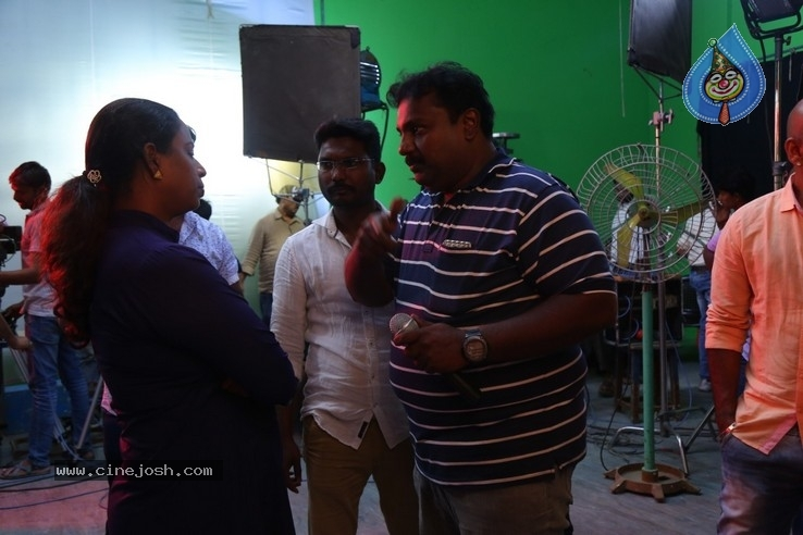 Breaking News Tamil  Movie Working Stills - 10 / 19 photos