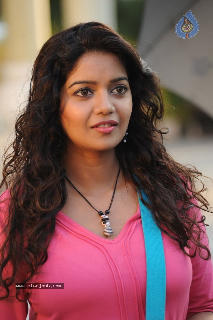 Karthikeyan Tamil Movie New Stills - 11 / 94 photos