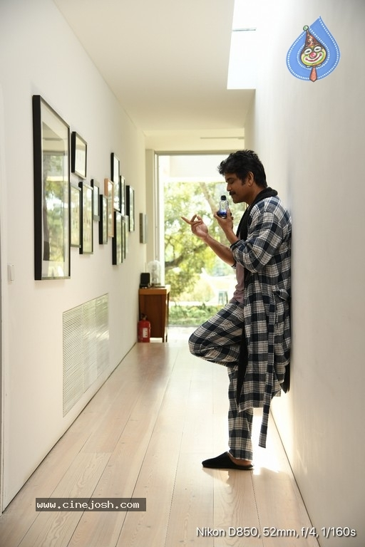 Manmadhudu 2 Working Stills - 4 / 17 photos
