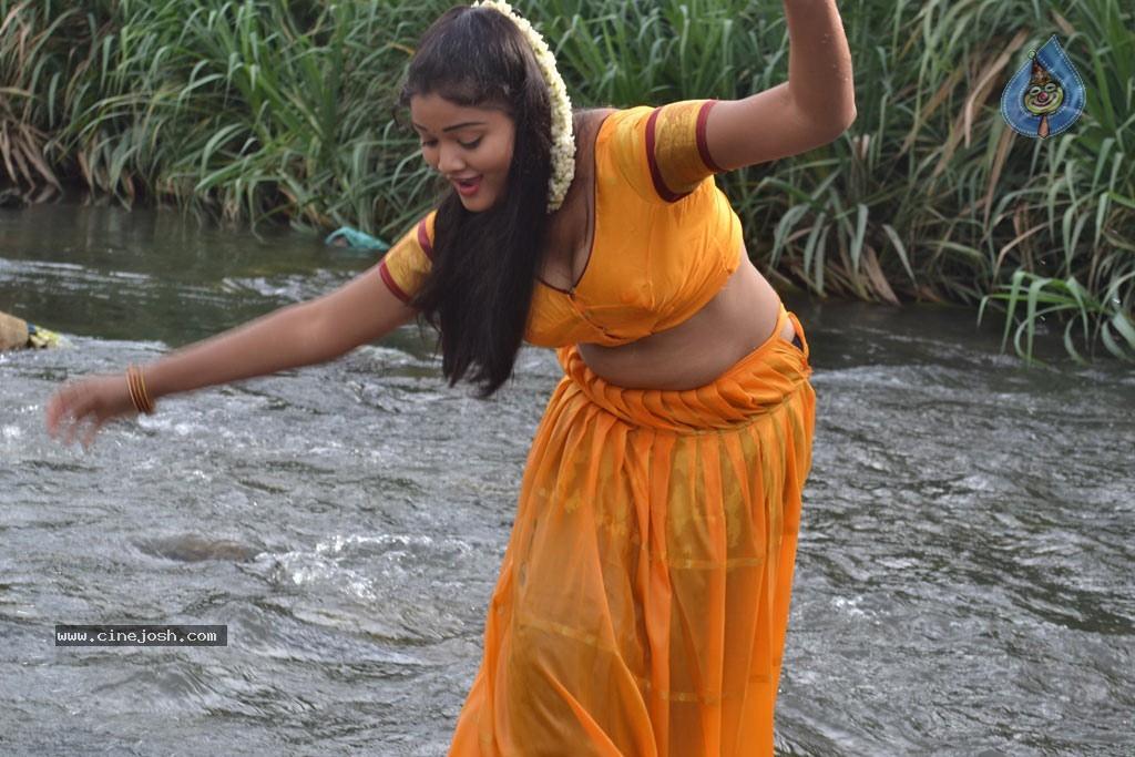 Naled christian kerala girl — img 14