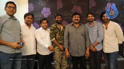 Chiranjeevi Appreciates George Reddy Team - 5 of 16