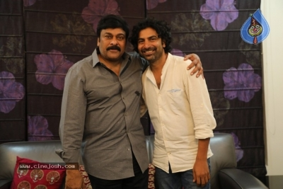Chiranjeevi Appreciates George Reddy Team - 10 of 16