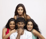 Vishal with three hot beauties in 'Khiladi' - 11 of 28
