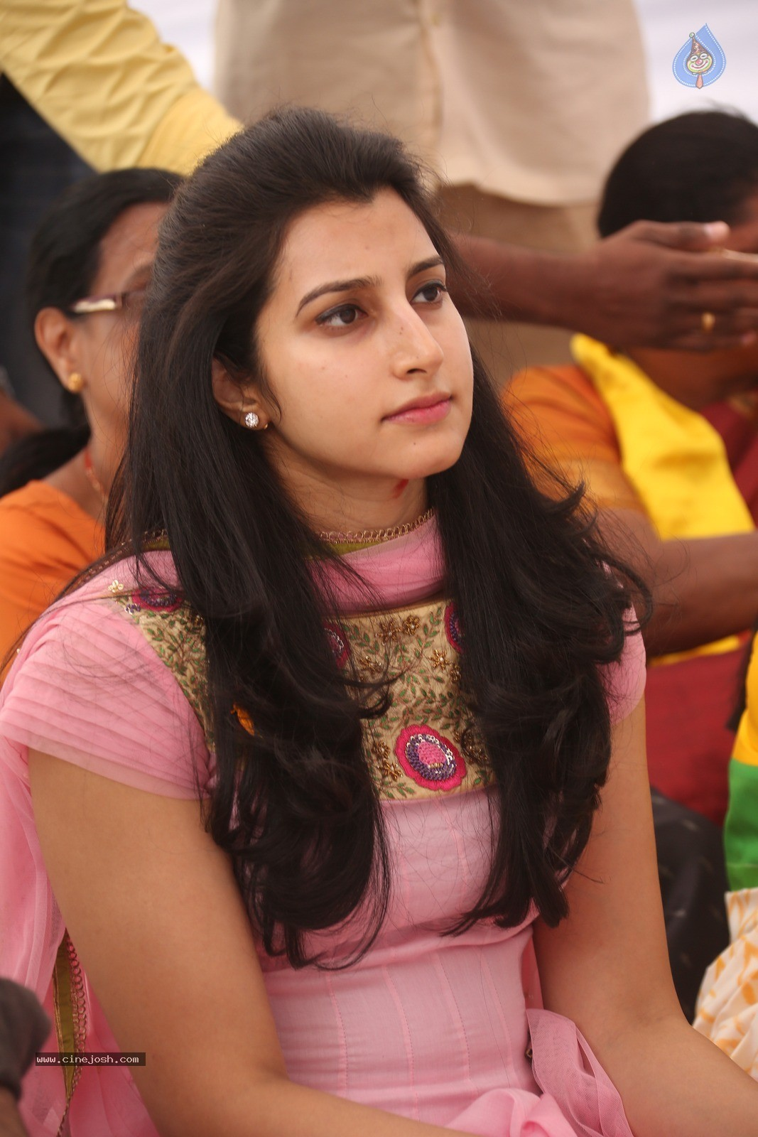 Balakrishna Daughter Brahmani Photos - 18 / 21 photos