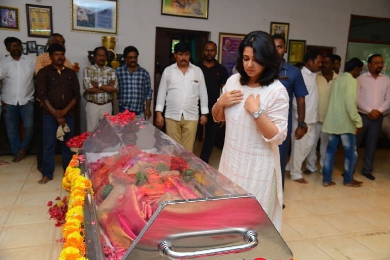 Celebs Pay Homage To Vijaya Nirmala 03 - 9 / 61 photos