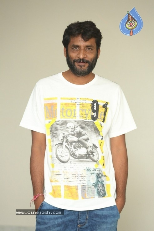 Director Jeevan Reddy Photos - 4 / 13 photos