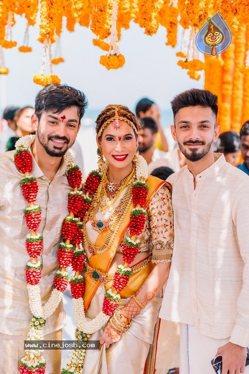 Mahat Raghavendra - Prachi Mishra Wedding Photos - 3 / 13 photos
