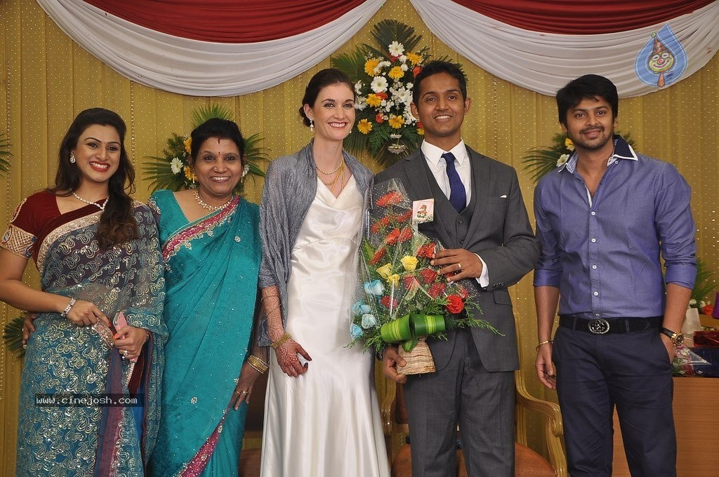 Reporter Anupama Subramanian Son Wedding Reception  - 37 / 107 photos